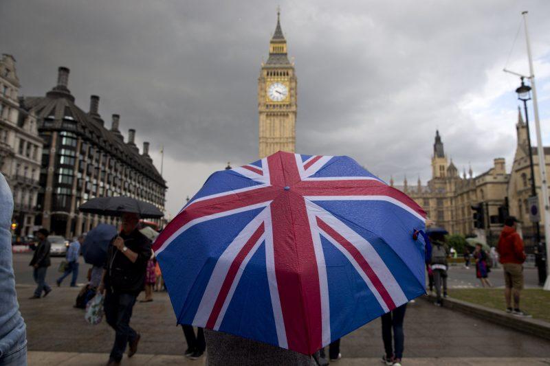 Kecewa Dengan Perkembangan Brexit, Permintaan Dollar Meningkat